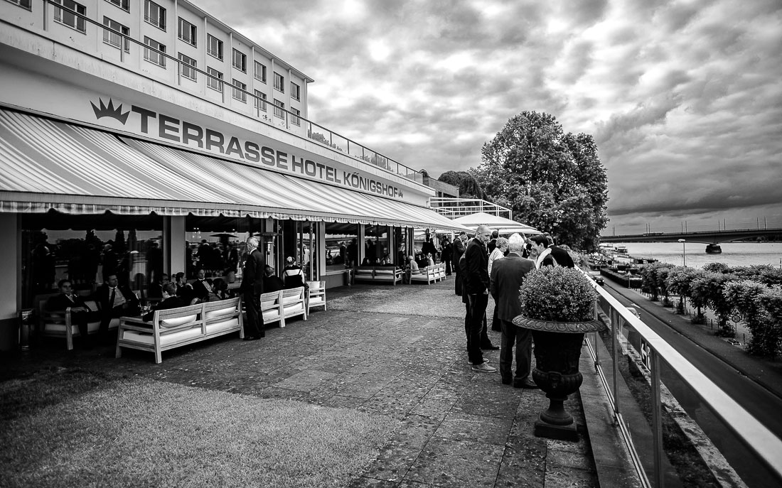 hochzeitsfotograf-bonn_koenigshof_david-hallwas-81