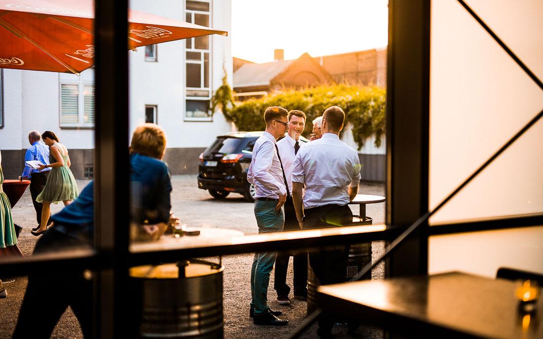 hochzeitsfotograf-recklinghausen_vest-arena_david-hallwas-177