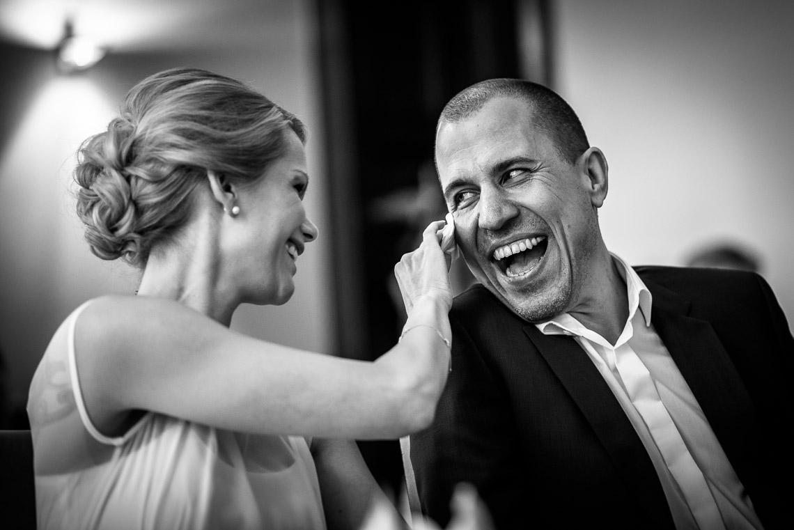 Brautpaar Tränen Hochzeitsfotograf