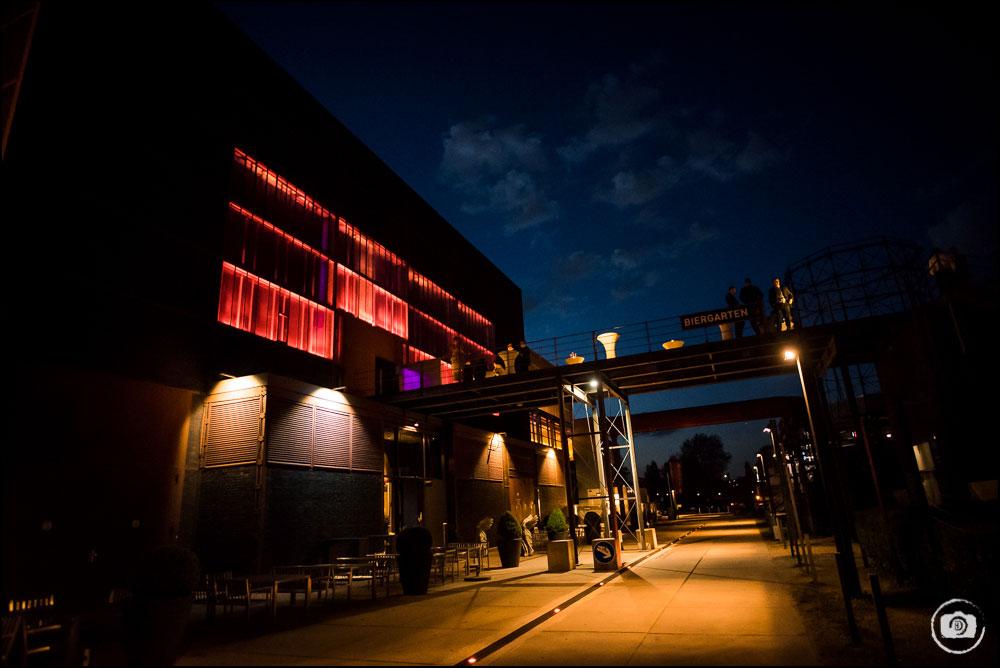 hochzeitsfotograf-essen_casino-zollverein_hallwas-134