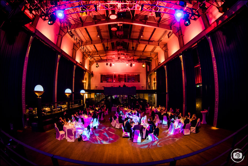 hochzeitsfotograf-essen_casino-zollverein_hallwas-137