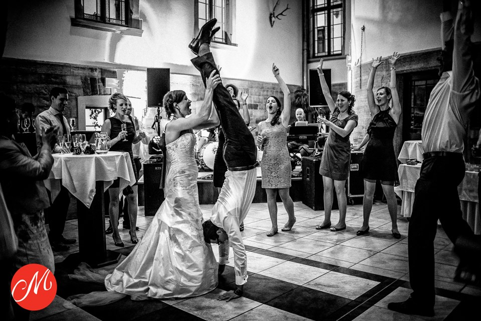 Brautpaar beim Hochzeitstanz