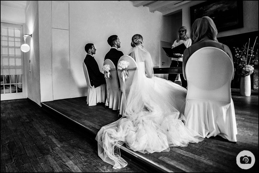 Hochzeit Schloss Lüntenbeck - Hochzeitsfotograf Wuppertal 59
