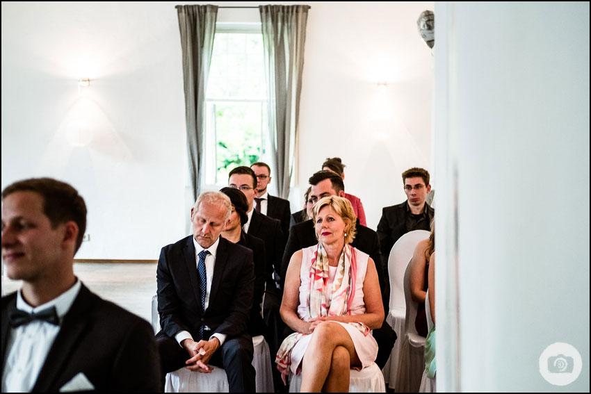 Hochzeit Schloss Lüntenbeck - Hochzeitsfotograf Wuppertal 73