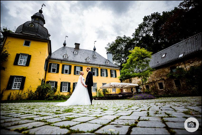 Hochzeit Schloss Lüntenbeck - Hochzeitsfotograf Wuppertal 91