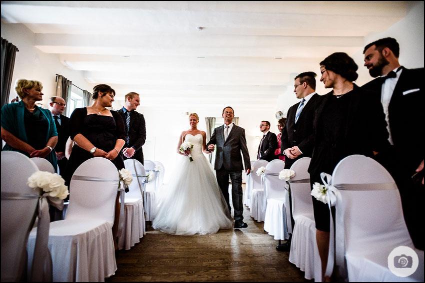 Hochzeit Schloss Lüntenbeck - Hochzeitsfotograf Wuppertal 57