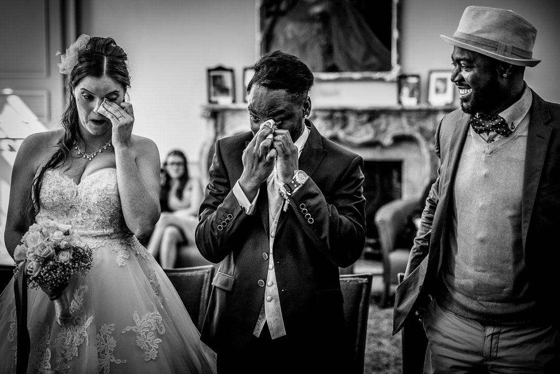 Trauung Tränen Brautpaar